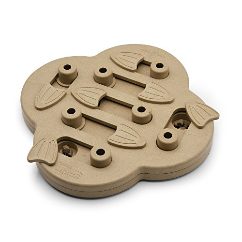 Puzzle treat dog toy for providing mental stimulation help calm down puppies