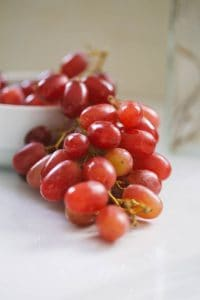 Can grapes raisins currants sultanas make dogs sick